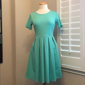 JourneyFive Mint Dress with Pockets Size Small